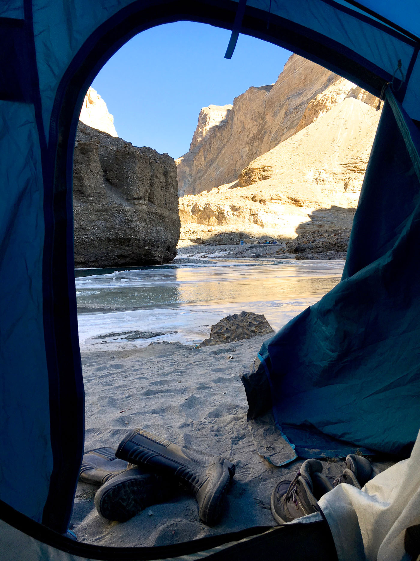 Chadar_Trek_Frozen_River_Leh_Kashmir_India_TheSassyPilgrim_Travel_Blog_Blogger_Solo_Traveller_Traveller_Photos_Indian_Female