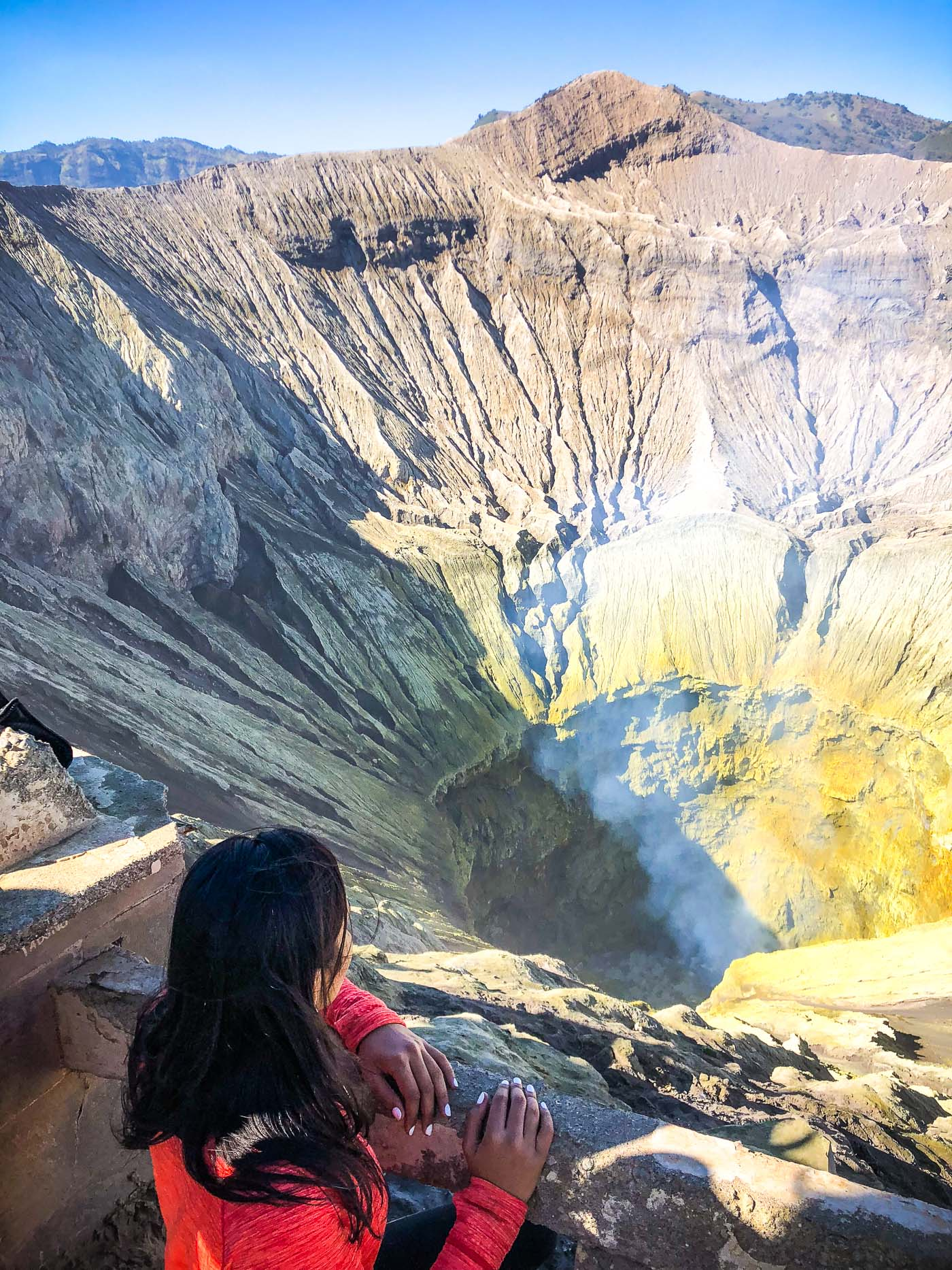 Mount_Bromo_Java_Indonesia_Active_Volcano_Hiking_Trekking_Solo_Travel_Blogger_The_Sassy_Pilgrim_Travel_Tips_Guide_Kawah_Ijen_Sulphuric_Lakes_Sunrise