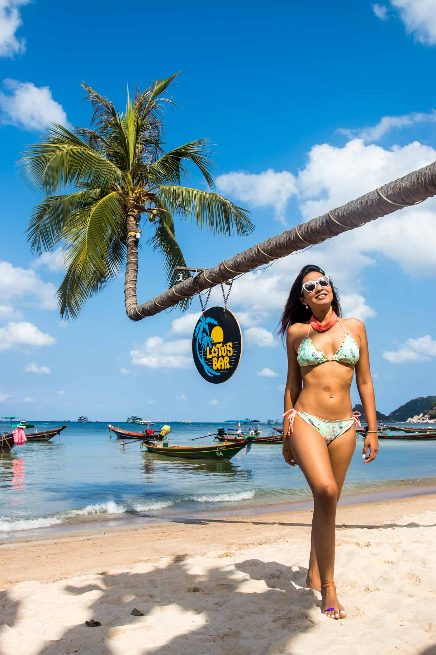 Koh_Tao_Thailand_Surat_Thani_Travel_Blog_Asia_Island_Hopping_Indian_Blogger_Hiking_Beach_Sailing_Scuba_Diving_Adventure_Exploring_Vegan_vegetarian_Cafe_Food_Guide_Muay_Tai_Fitness_boxing_Fight_Club_Koh_Nang_Yung_Island_Hopping